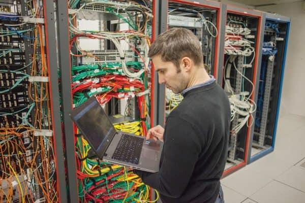 La solution WebForce 3 face à la pénurie de développeurs web en France